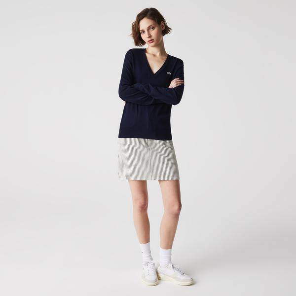 Lacoste Women's V-Neck Loose Organic Cotton Sweater